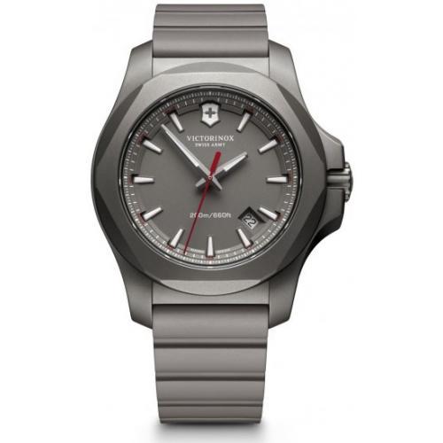 אונליין      Victorinox 241757 Swiss Army I.n.o.x -